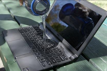 لپ تاپ خیس